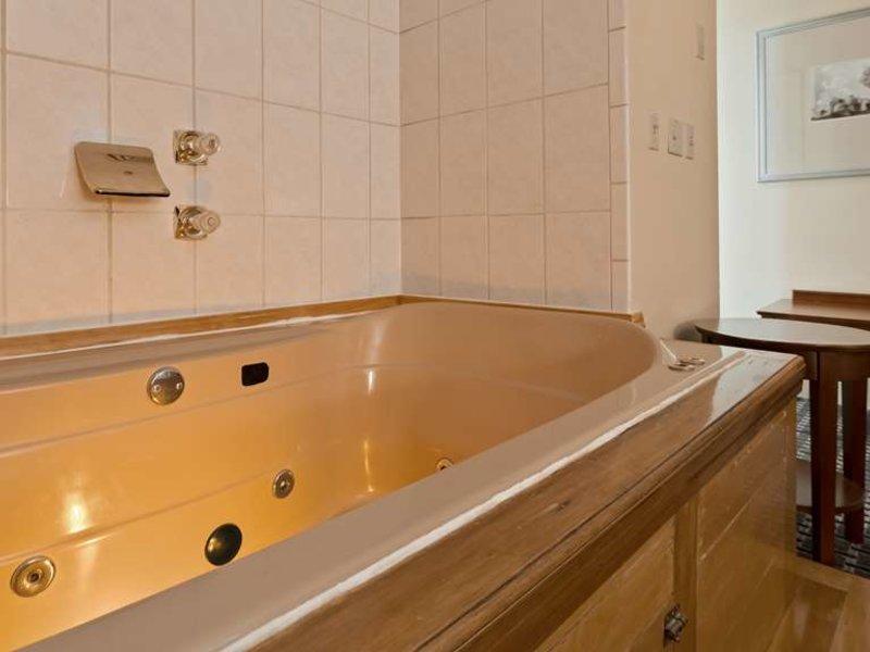 Best Western Plus Brunswick Bath Wohnbeispiel