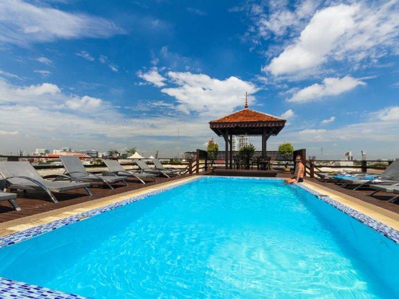 Khaosan Palace Pool