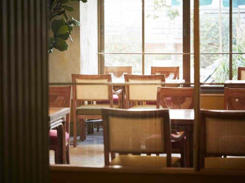 Josh Hotel Restaurant