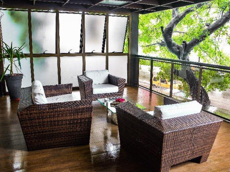 Carmel Express Hotel Lounge/Empfang