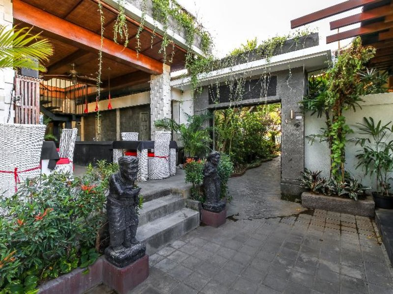 ALeesha Villas & Suites Außenaufnahme