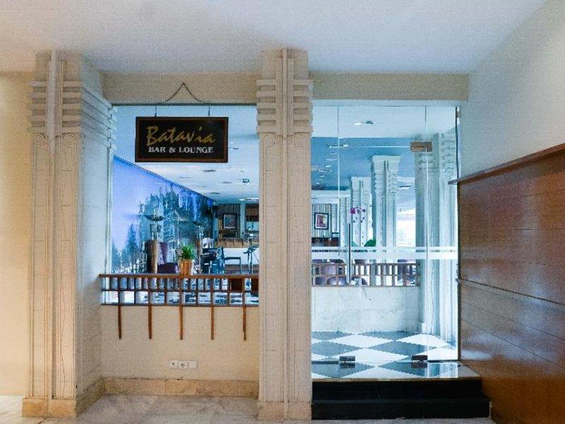 Savoy Homann Bidakara Hotel Bar