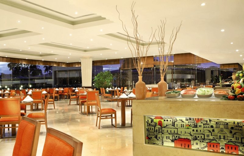 Mövenpick Resort AswanLounge/Empfang