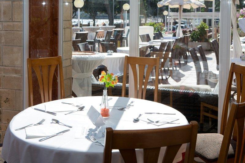Tropico Playa Restaurant