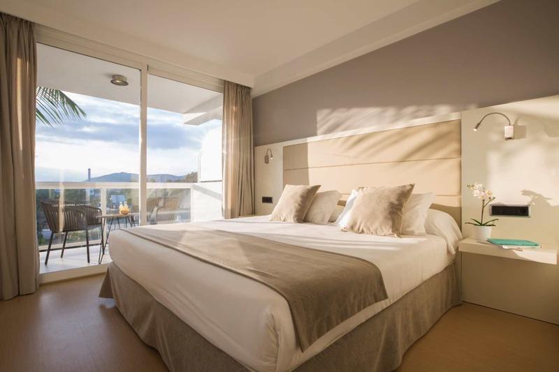 Las Gaviotas Suites Hotel Wohnbeispiel