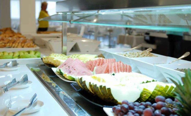 Las Gaviotas Suites Hotel Restaurant