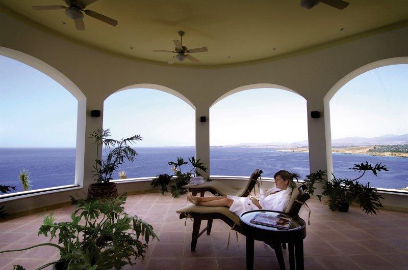 Reef Oasis Blue Bay Resort & SpaWellness