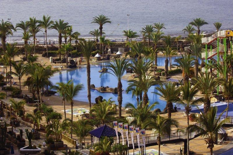 Paradise Costa TauritoPool