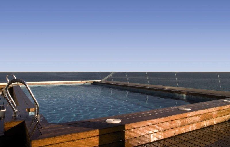 Suites Del Mar Pool