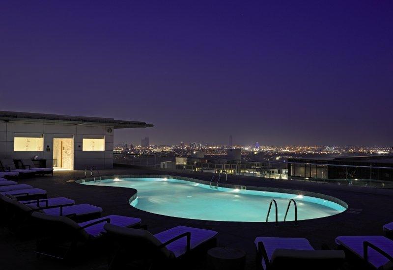 The Ritz-Carlton, Dubai International Financial Centre Pool