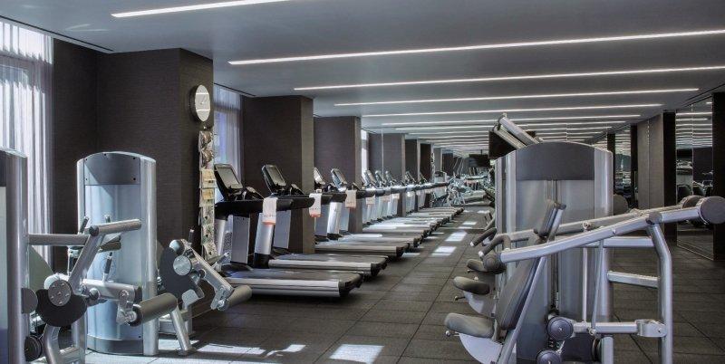 Fifty Hotel & Suites by Affinia Hotel Sport und Freizeit