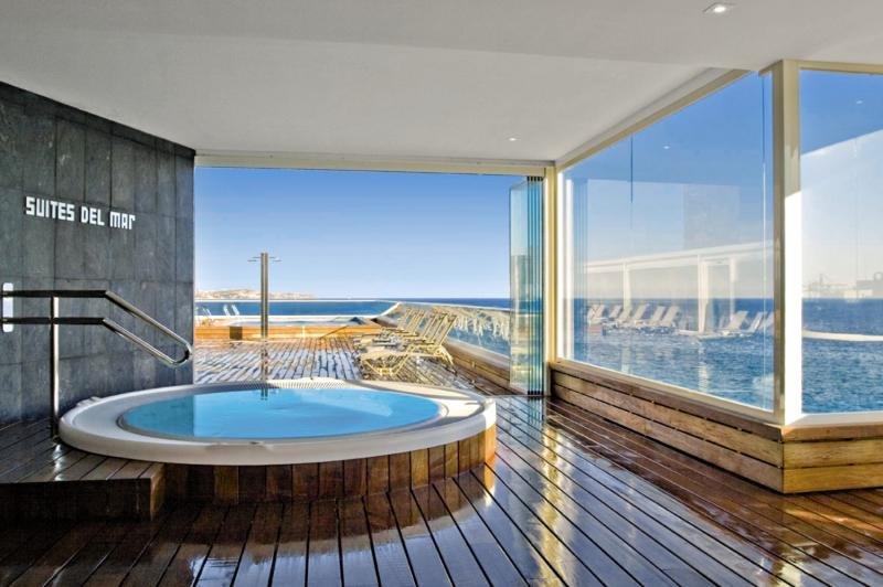 Suites Del Mar Wellness