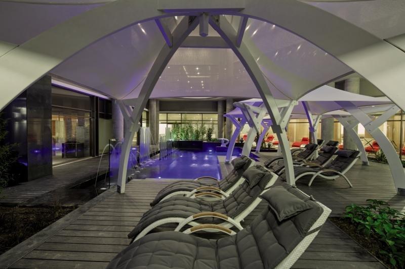 The Sense De Luxe Pool