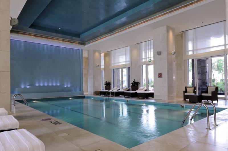 The Ritz-Carlton, Dubai International Financial Centre Hallenbad