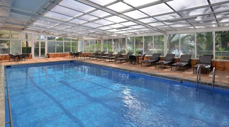 Sol Beach House Mallorca - Erwachsenenhotel ab 16 Jahren Hallenbad