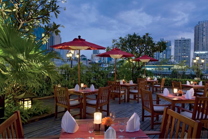 Boulevard Hotel Bangkok Restaurant