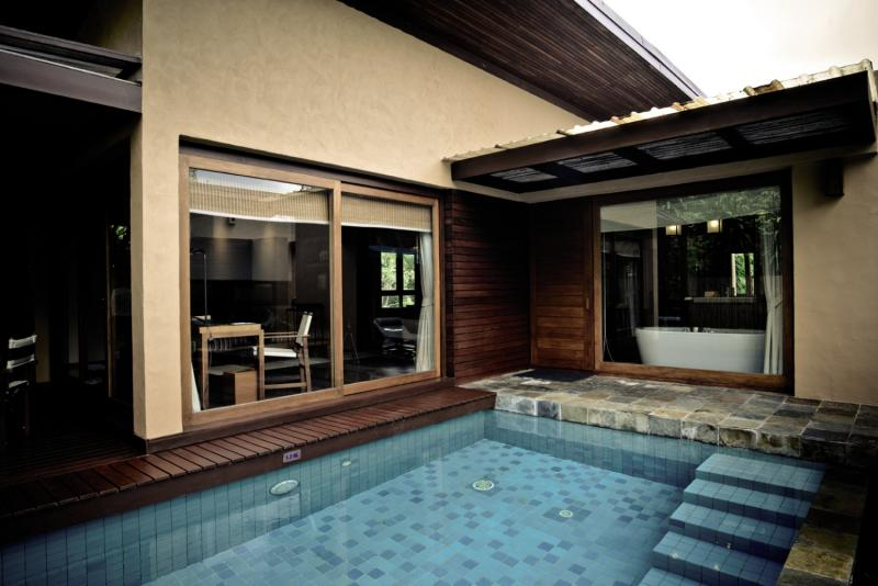 Wanakarn Beach Resort & Spa Pool