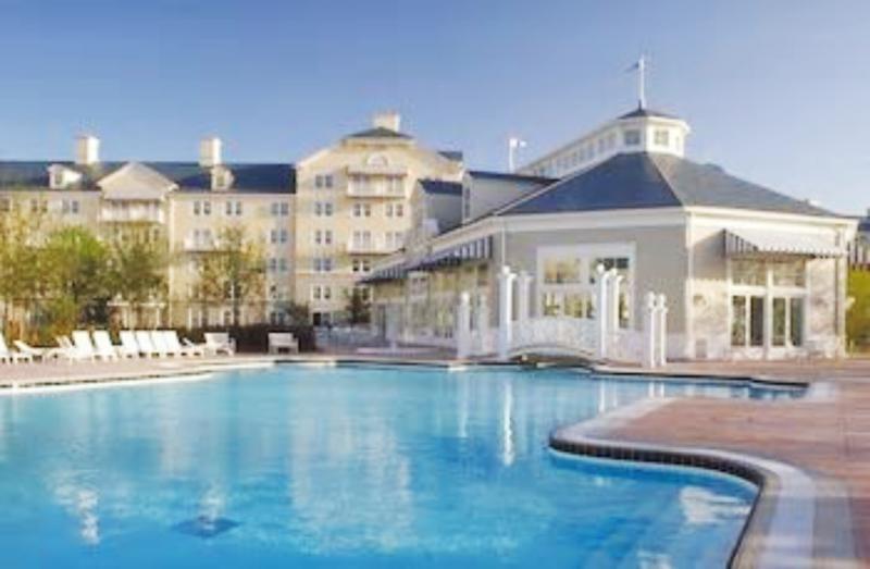Disney´s Newport Bay Club Pool
