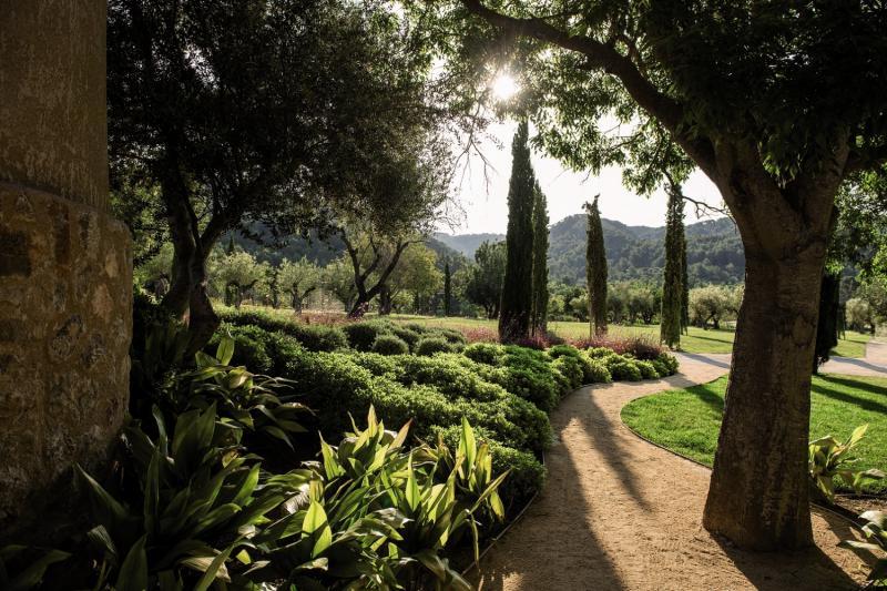Castell Son Claret Garten