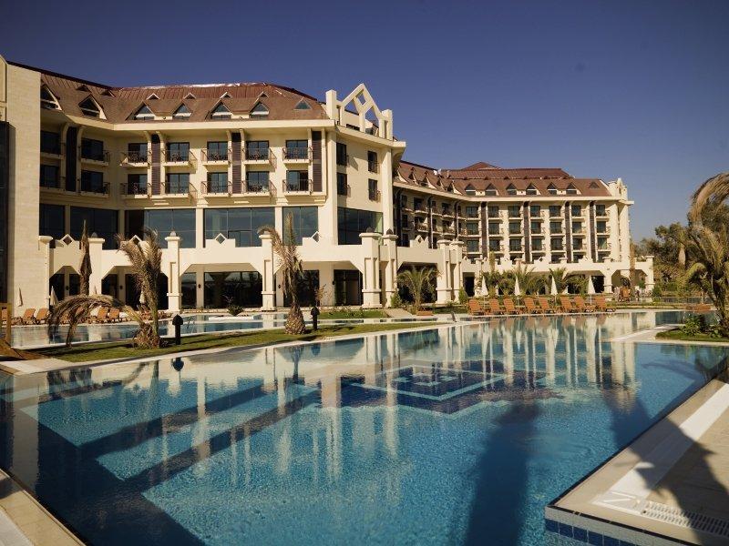 Nashira Resort Hotel & AQUA - SPA Außenaufnahme