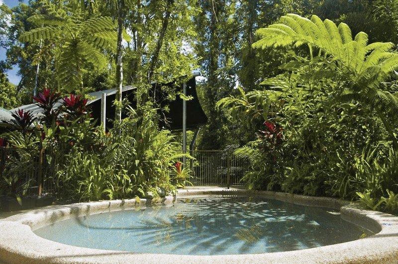 Heritage Lodge & Spa Pool