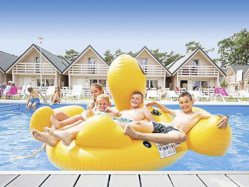 Holiday Park & Resort - Pobierowo Terrasse
