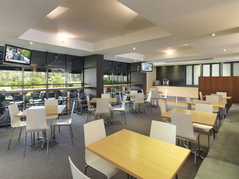 Travelodge Hotel Blacktown Sydney Restaurant