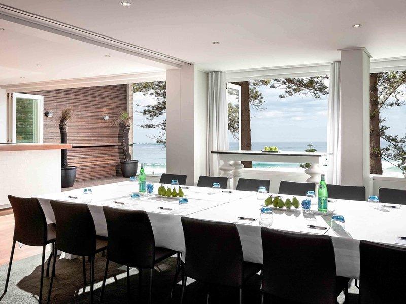 The Sebel Manly Beach Konferenzraum