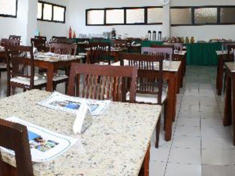 Pisa Plaza Restaurant