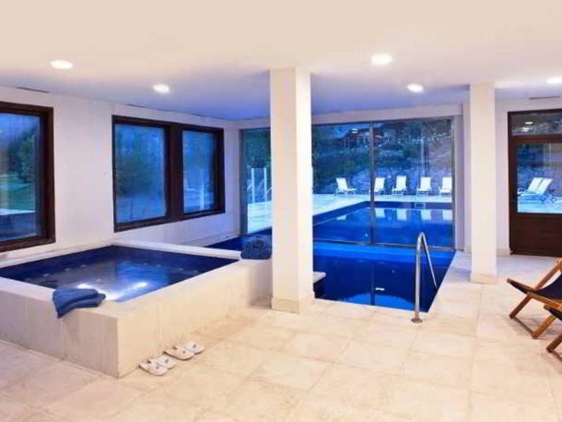 Arelauquen Lodge, A Tribute Portfolio Hotel Pool