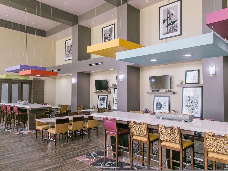 Hampton Inn & Suites Amarillo East Restaurant
