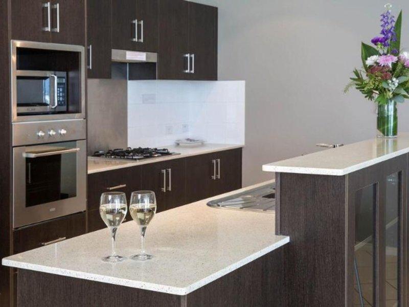 Park Regis Piermonde Apartments - Cairns Restaurant