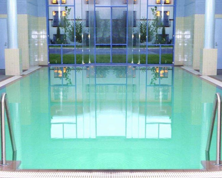 Hyatt Canberra Pool