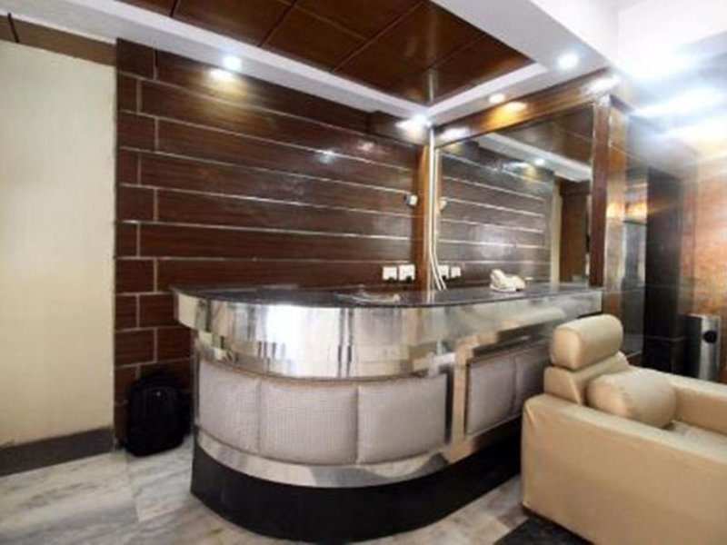 Delhi Heights Lounge/Empfang