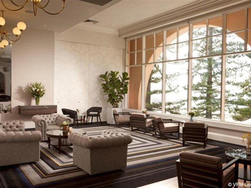 Crowne Plaza Terrigal Lounge/Empfang