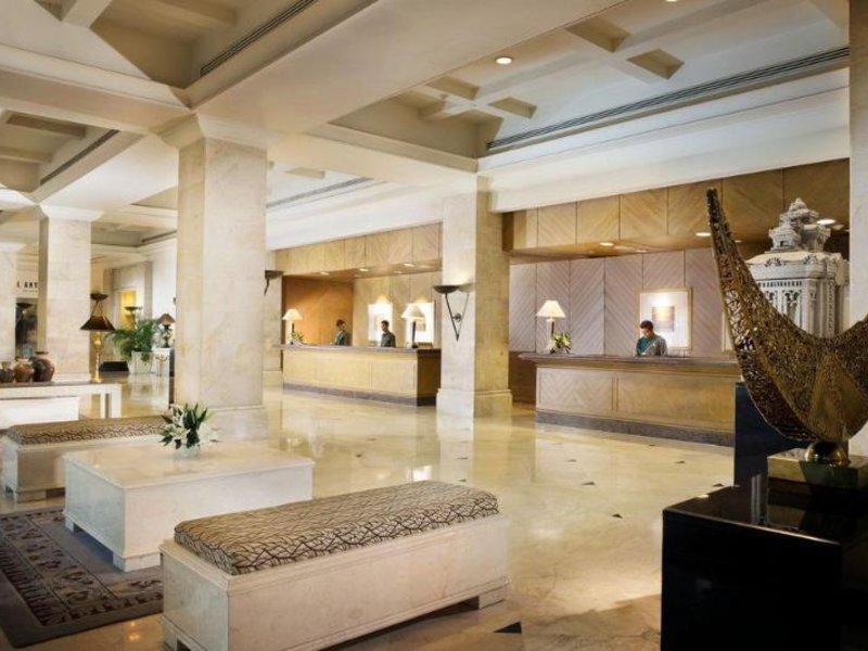 Bumi Surabaya City Resort Lounge/Empfang