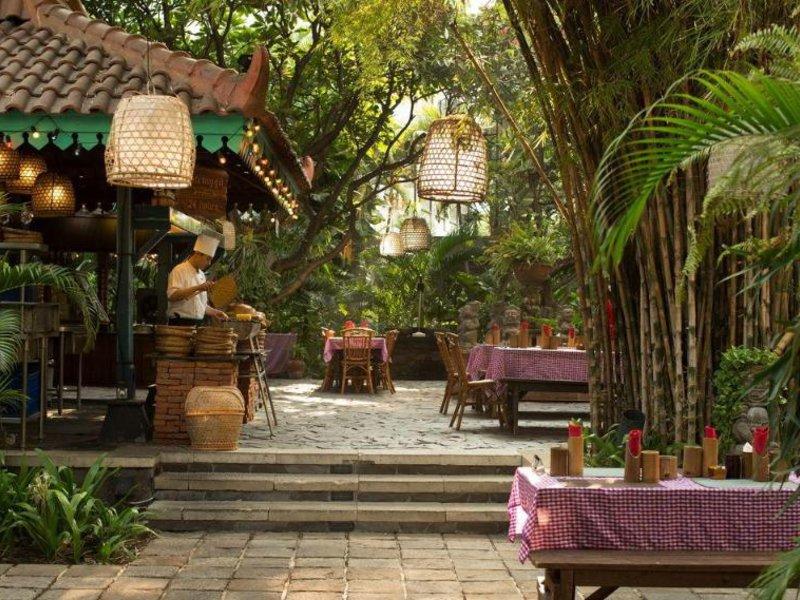 Bumi Surabaya City Resort Restaurant
