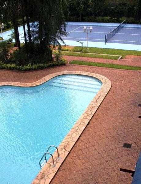 Excelsior Pool