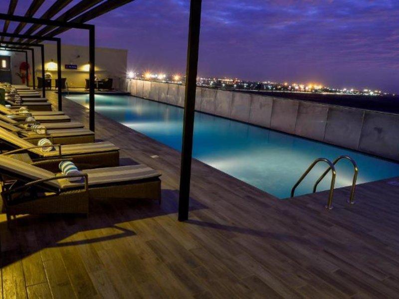 Hilton Garden Inn Nairobi Airport Pool