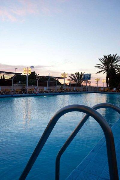 Dan Panorama Pool