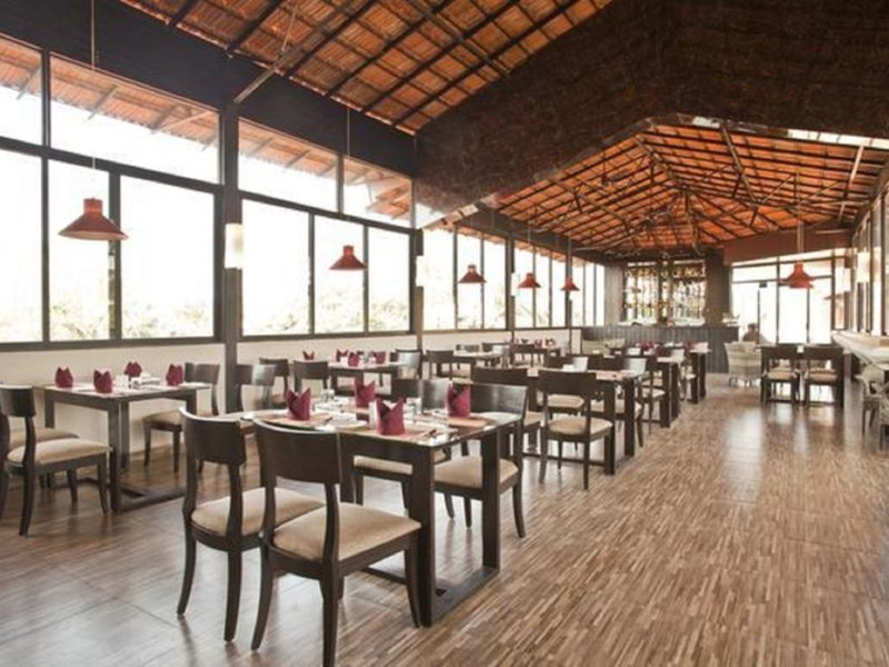 Sukhmantra Resort & Spa Restaurant