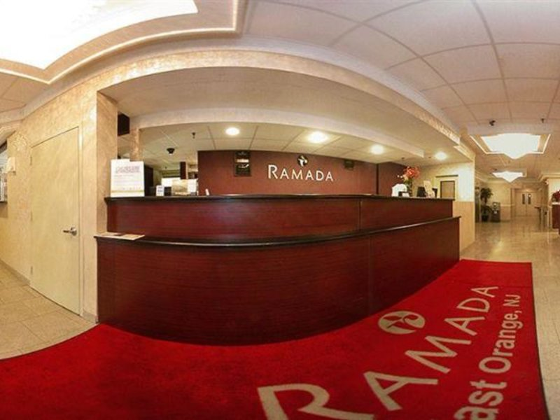 Ramada East Orange Lounge/Empfang