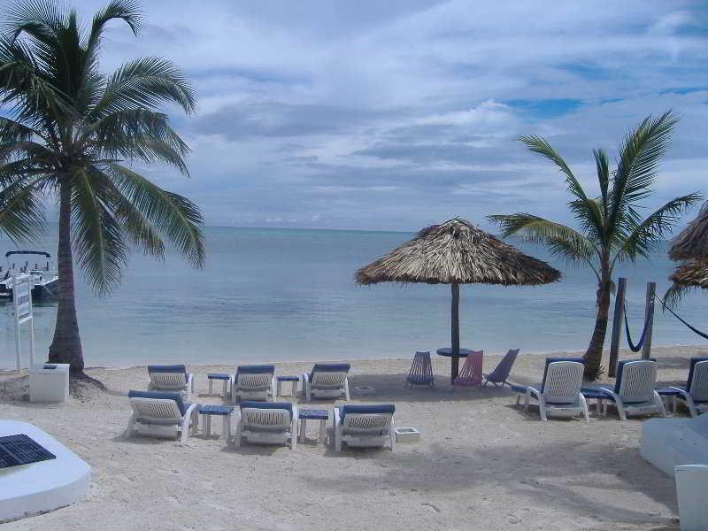 Mata Rocks Resort Strand