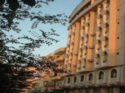 Royal House Hotel Außenaufnahme
