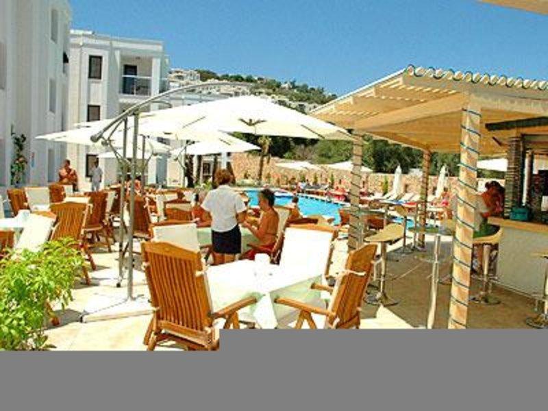 Costa Queen Resort Terrasse