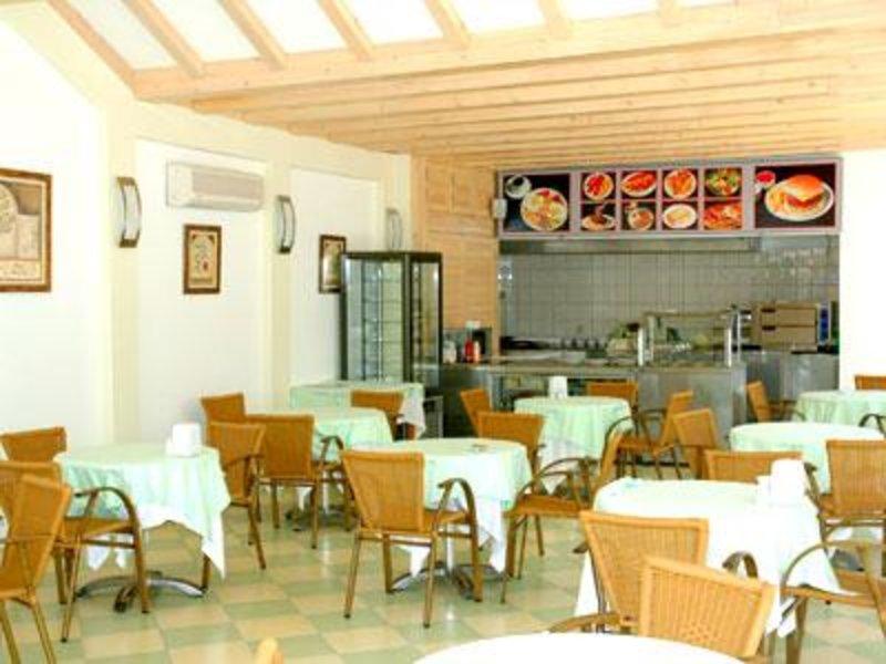 Costa Queen Resort Restaurant