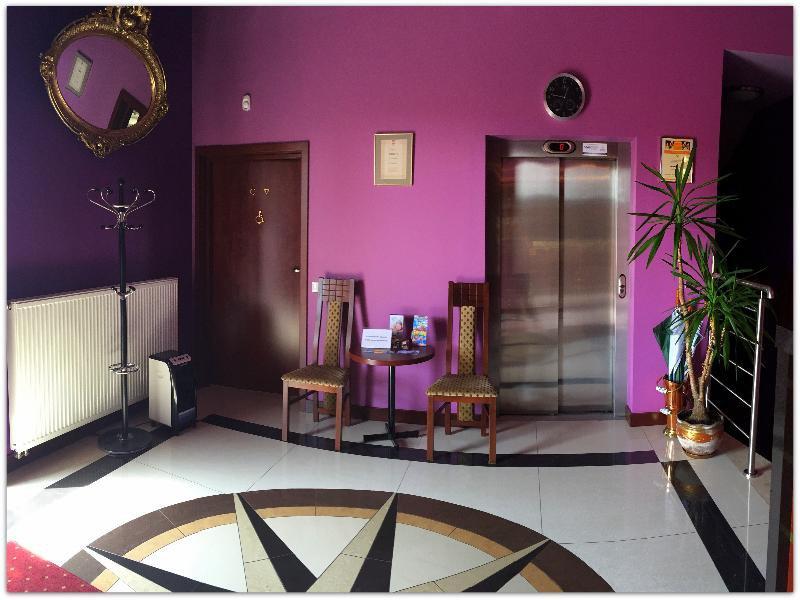 Vinci Hotel Lounge/Empfang