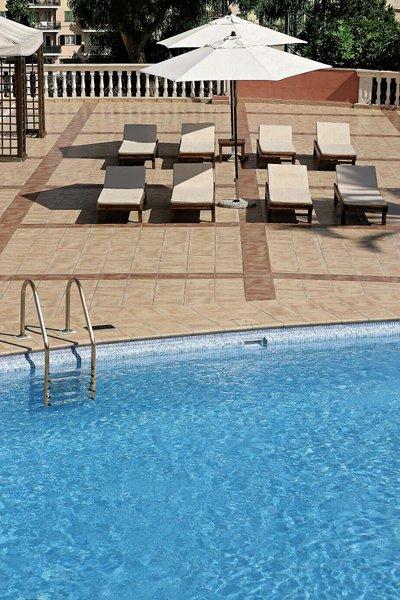 BQ Augusta Pool