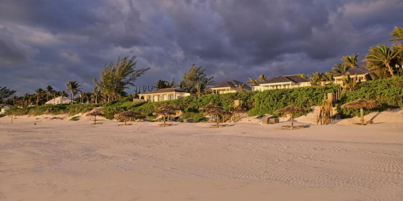 Coral Sands Hotel - Harbour Island Landschaft