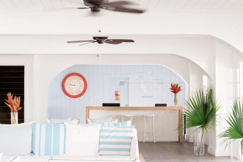 Coral Sands Hotel - Harbour Island Lounge/Empfang